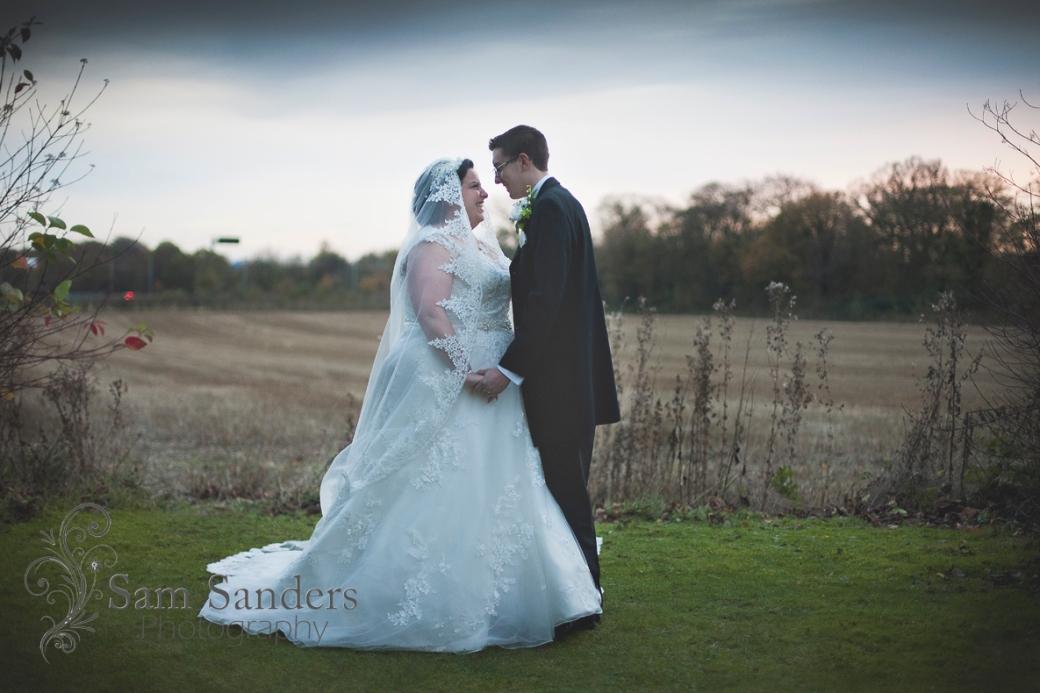 sam-sanders-photography-wedding-photographer-haydock-holiday-inn-merseyside-web-002