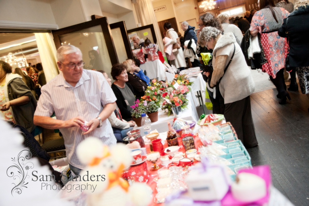 sam-sanders-photography-wigan-photographer-wigan-leigh-hospice-holland-hall-charity-christmas-fair-web-jpg-005