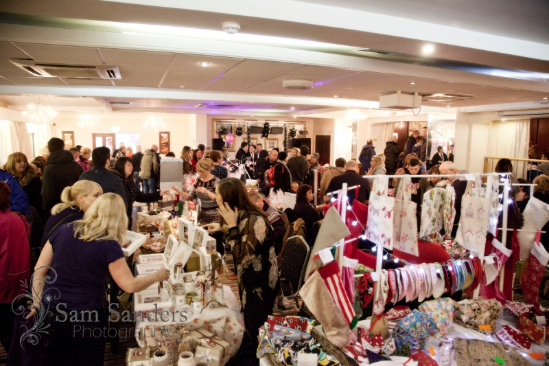 sam-sanders-photography-wigan-photographer-wigan-leigh-hospice-holland-hall-charity-christmas-fair-web-jpg-008