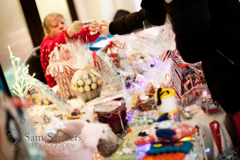 sam-sanders-photography-wigan-photographer-wigan-leigh-hospice-holland-hall-charity-christmas-fair-web-jpg-018
