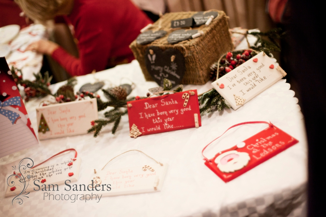 sam-sanders-photography-wigan-photographer-wigan-leigh-hospice-holland-hall-charity-christmas-fair-web-jpg-021