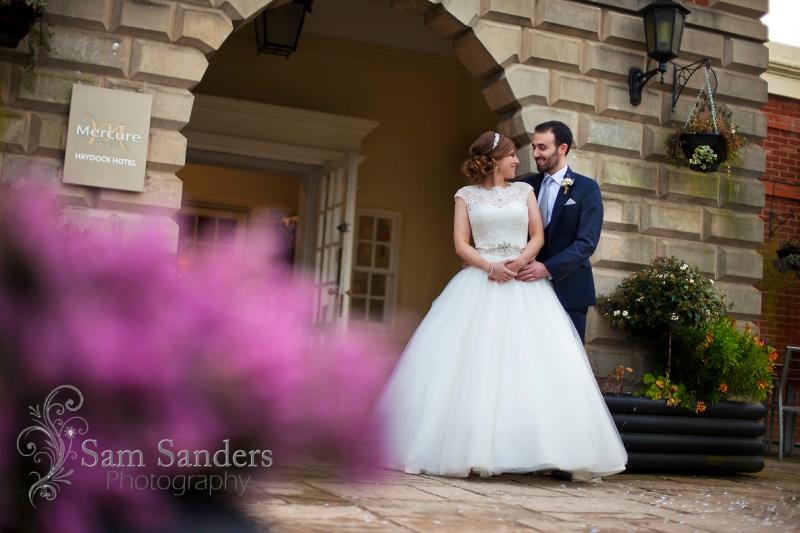sam-sanders-photography-wedding-photographer-mercure-hotel-haydock-brad-and-ashlea-merseyside-web-003