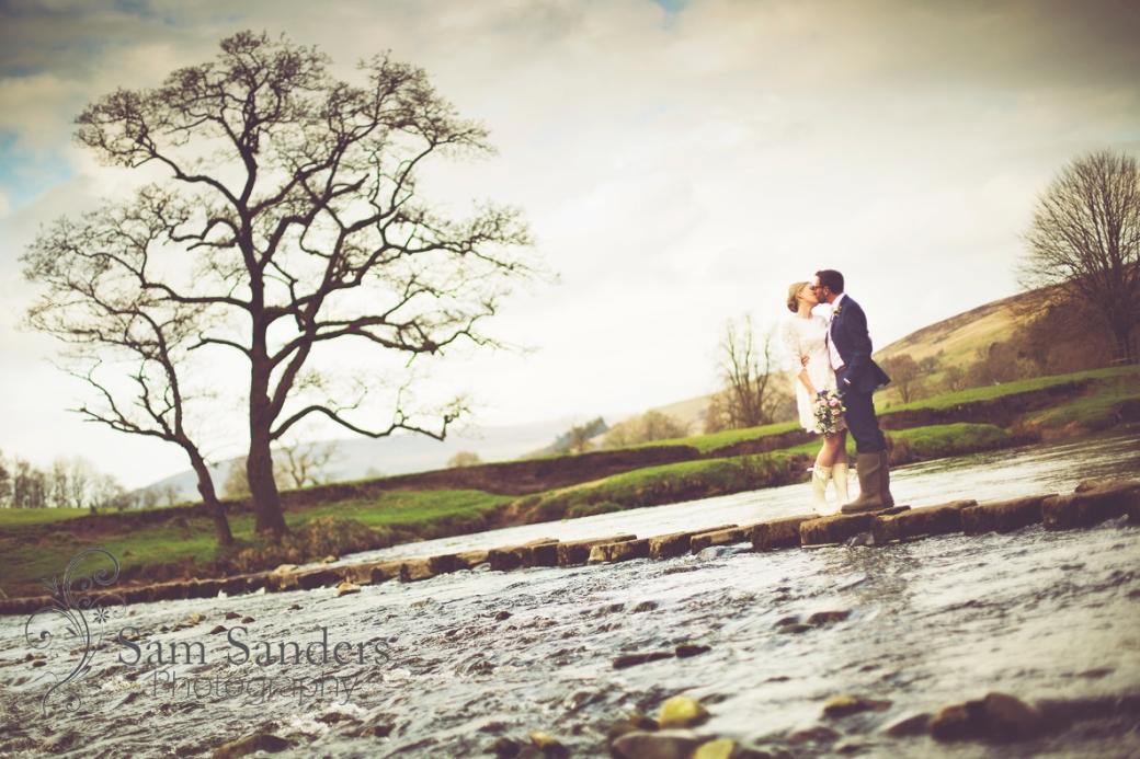 sam-sanders-photography-wedding-photographer-the-inn-at-whitewell-lancashire-web-001