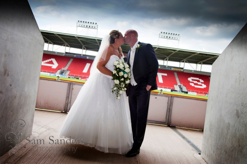 22-sam-sanders-photography-wedding-photographer-wigan-lancashire-northwest-hundred-milestone-jpg-009
