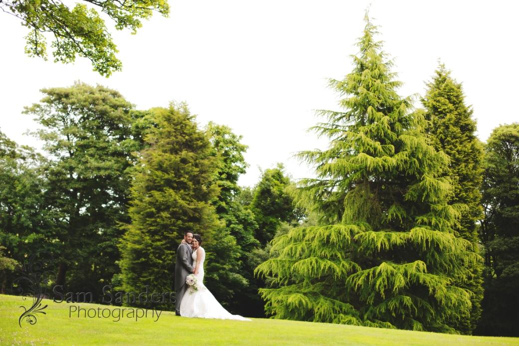 sam-sanders-photography-wedding-photographer-macdonald-kilhey-court-hotel-web-003