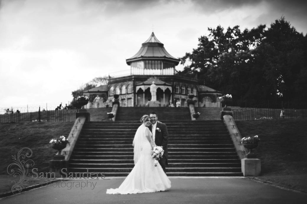 sam-sanders-photography-wedding-photographer-dw-stadium-wigan-web-003