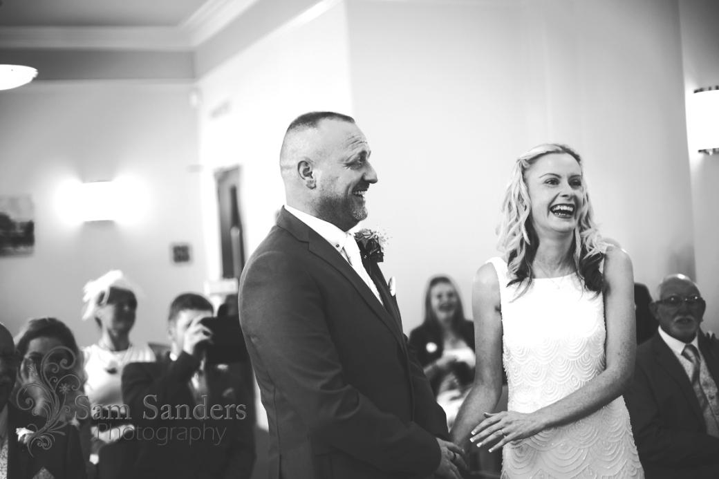 sam-sanders-photography-wedding-photographer-ormskirk-registry-office-web-073