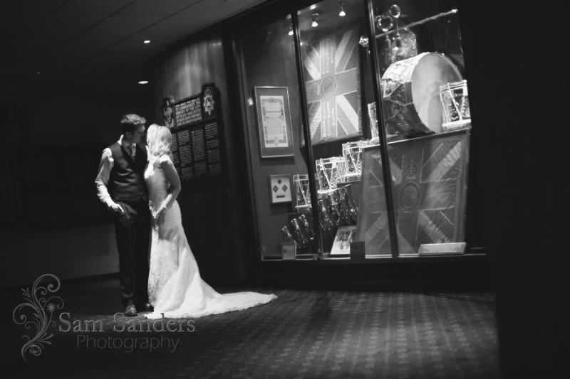 sam-sanders-photography-wigan-photographer-anna-martin-oldham-wedding-reception-web-024
