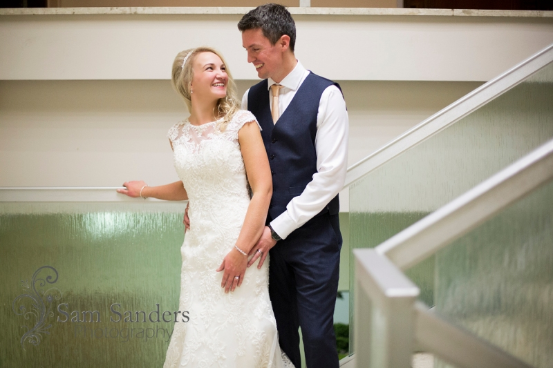 sam-sanders-photography-wigan-photographer-anna-martin-oldham-wedding-reception-web-027