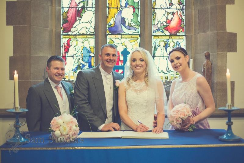 sam-sanders-photography-wigan-photographer-wedding-dwstadium-churchceremony-web-005