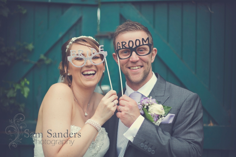 sam-sanders-photography-wigan-photographer-wedding-mercure-oak-hotel-civil-ceremony-web-004