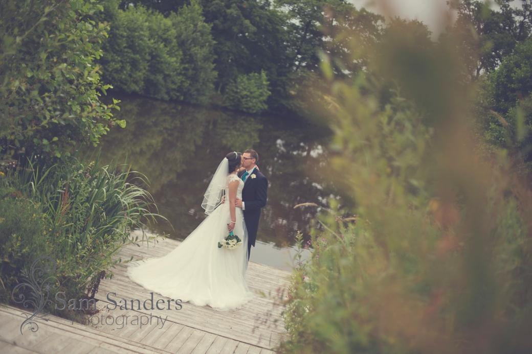 sam-sanders-photography-wigan-photographer-wedding-churchceremony-warrington-styallodge-reception-web-439