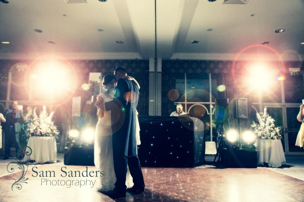 sam-sanders-photography-wigan-photographer-wedding-church-ceremony-macdonald-kilheycourt-standish-web-496