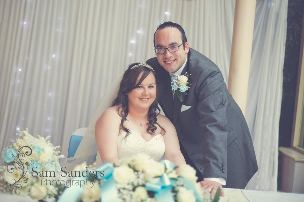 sam-sanders-photography-wigan-photographer-wedding-civil-ceremony-mercure-oakhotel-wigan-web-189