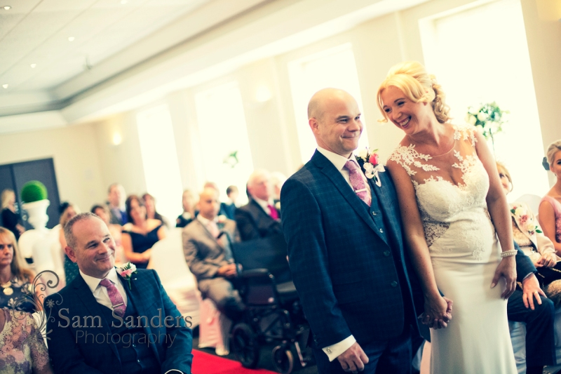 sam-sanders-photography-wigan-photographer-wedding-devonshirehouse-web-001