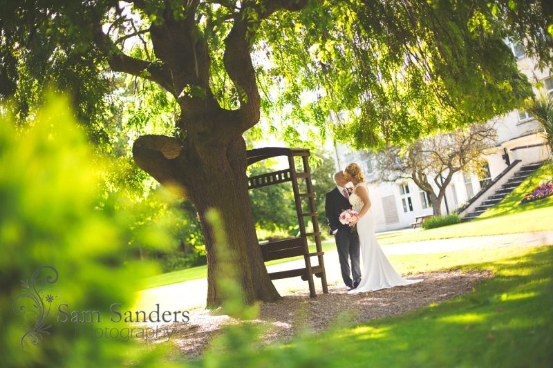 sam-sanders-photography-wigan-photographer-wedding-devonshirehouse-web-003