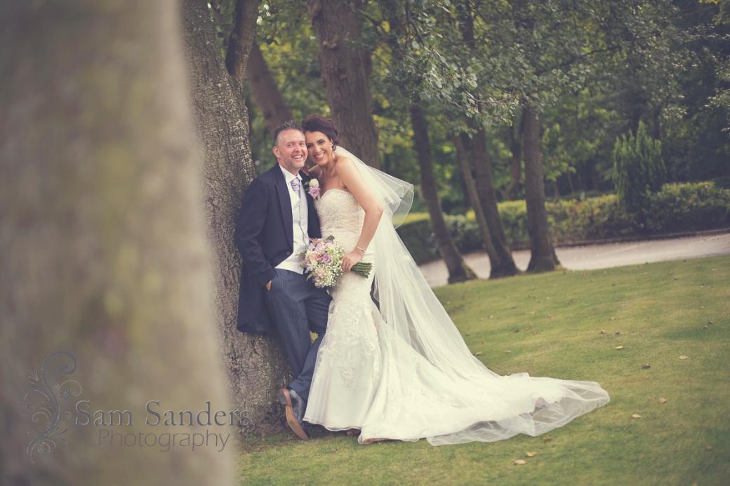 sam-sanders-photography-wigan-photographer-wedding-wrightingtoncountryhotel-web-004