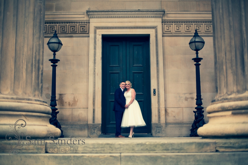 sam_sanders_photography_wigan_photographer_wedding_stgeorgeshall_sirthomashotel_liverpool_ceremony_citycenter_jpg-blog-118