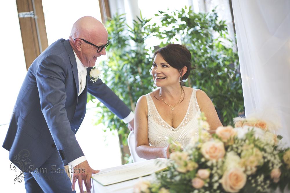 sam-sanders-photography-wigan-photographer-wedding-atrium-cafe-restaurant-clitheroe-web-001