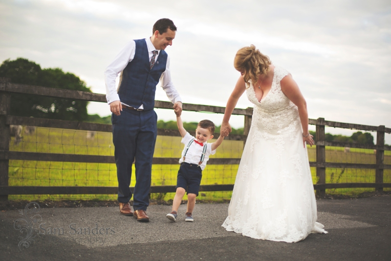 sam-sanders-photography-wigan-photographer-wedding-wrightington-country-club-spa-web-376