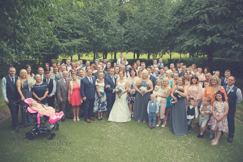 sam-sanders-photography-wigan-photographer-wedding-hollandhall-hotel-web-256