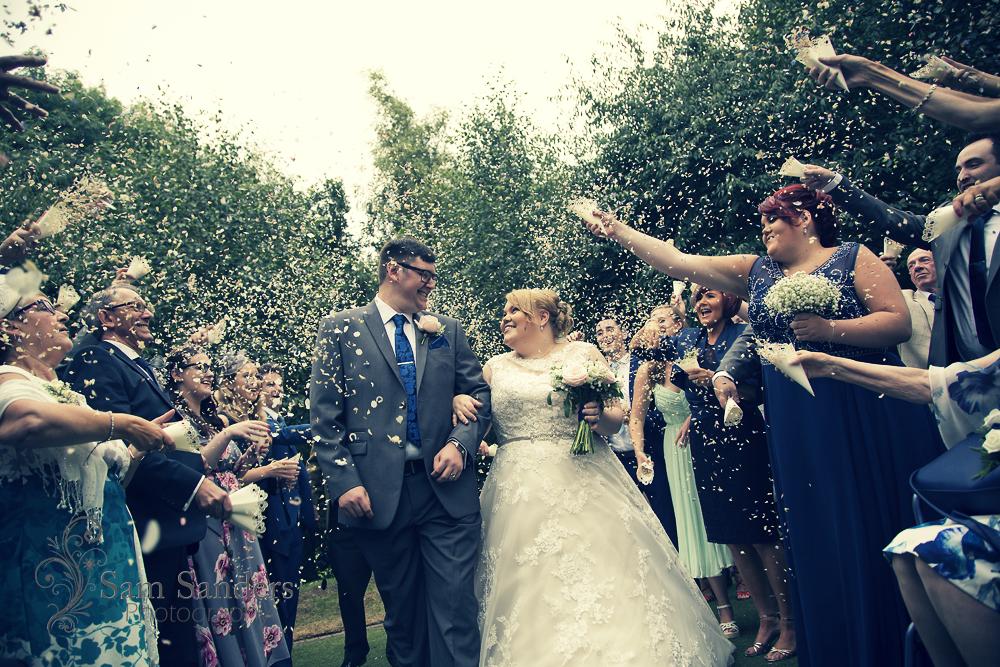 sam-sanders-photography-wigan-photographer-wedding-hollandhall-hotel-web-271