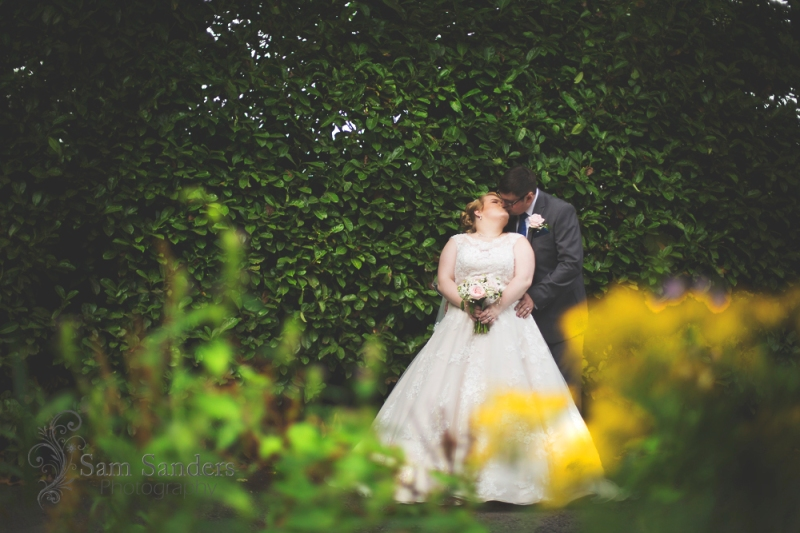 sam-sanders-photography-wigan-photographer-wedding-hollandhall-hotel-web-393
