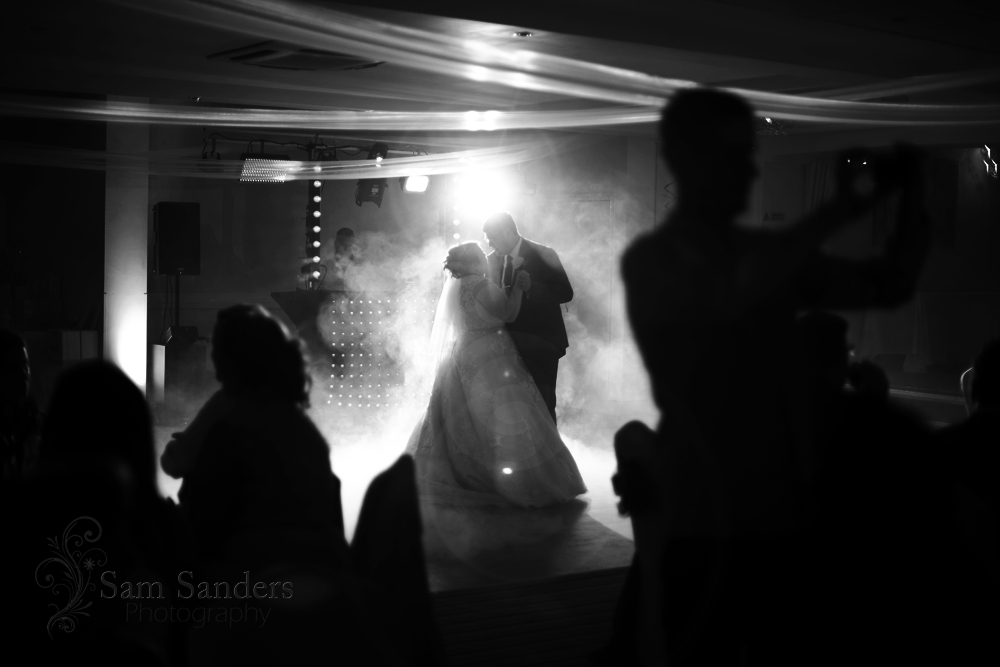 sam-sanders-photography-wigan-photographer-wedding-hollandhall-hotel-web-469