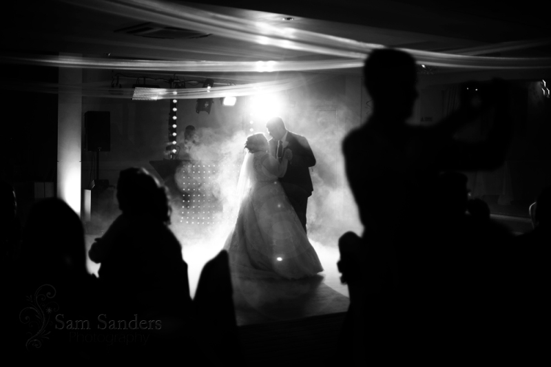 sam-sanders-photography-wigan-photographer-wedding-hollandhall-hotel-web-469