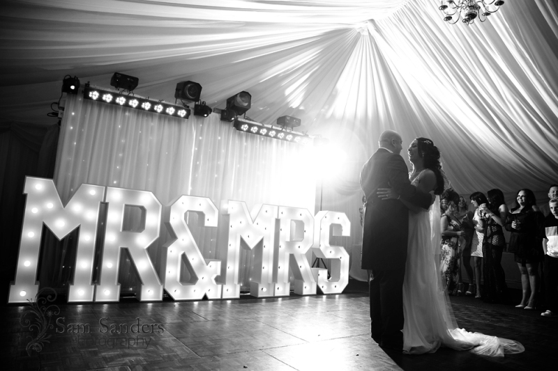 sam-sanders-photography-wigan-photographer-wedding-mercure-haydock-hotel-web-453