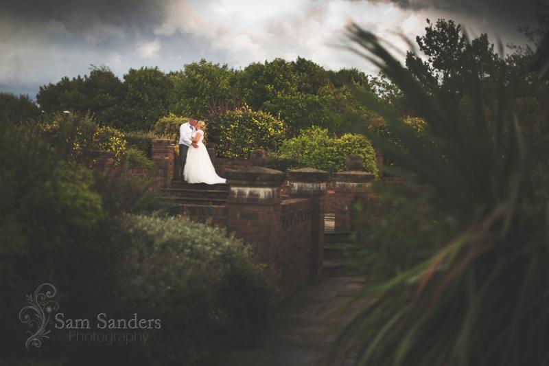 sam-sanders-photography-wigan-photographer-wedding-thewillows-web-501