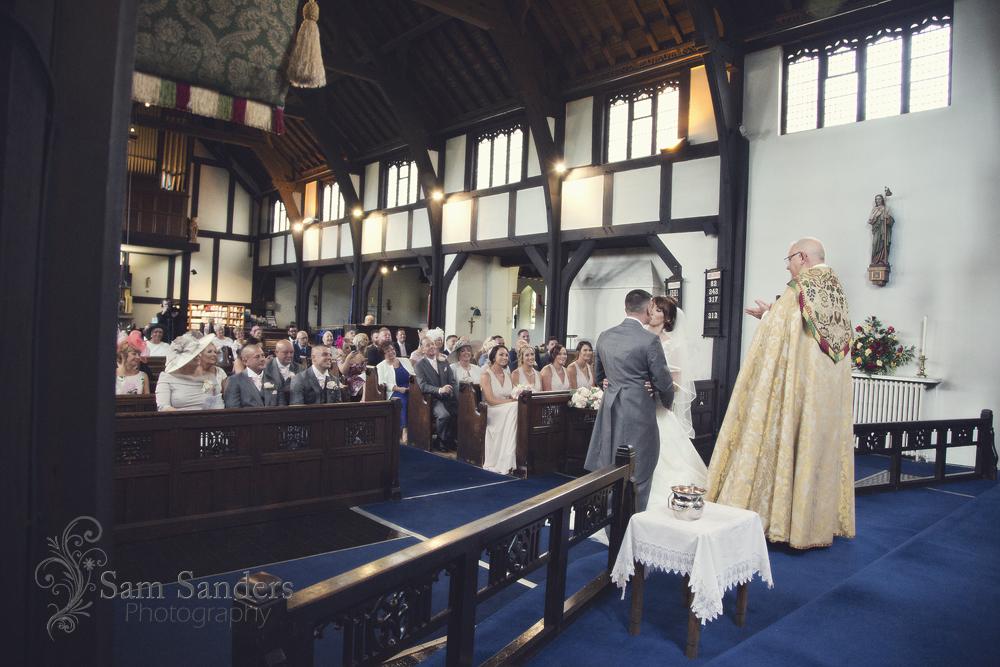 sam-sanders-photography-wigan-photographer-wedding-bestwesternplus-lancashiremanor-hotel-web-236