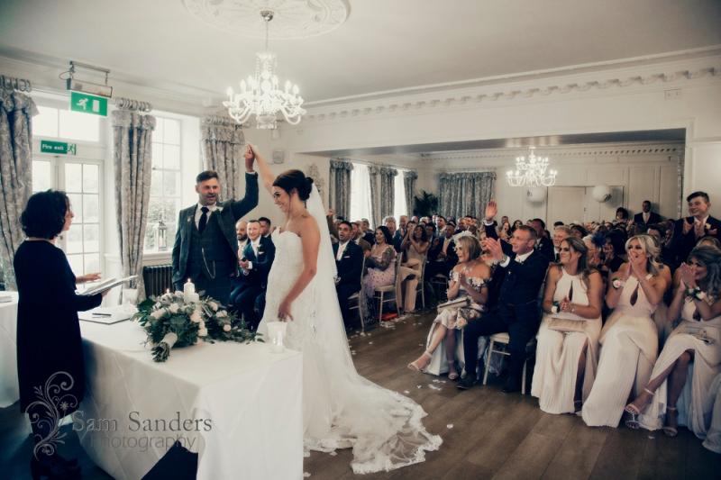 sam-sanders-photography-wigan-photographer-wedding-eaveshall-web-309