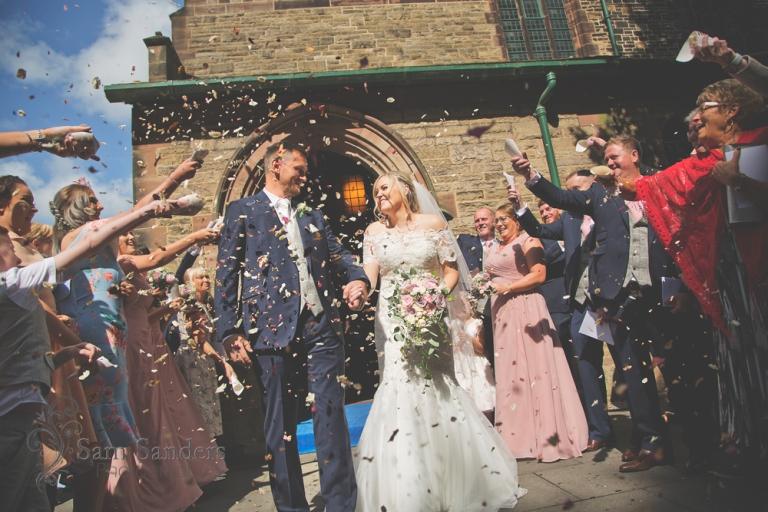 sam-sanders-photography-wigan-photographer-wedding-hollandhallhotel-web-302