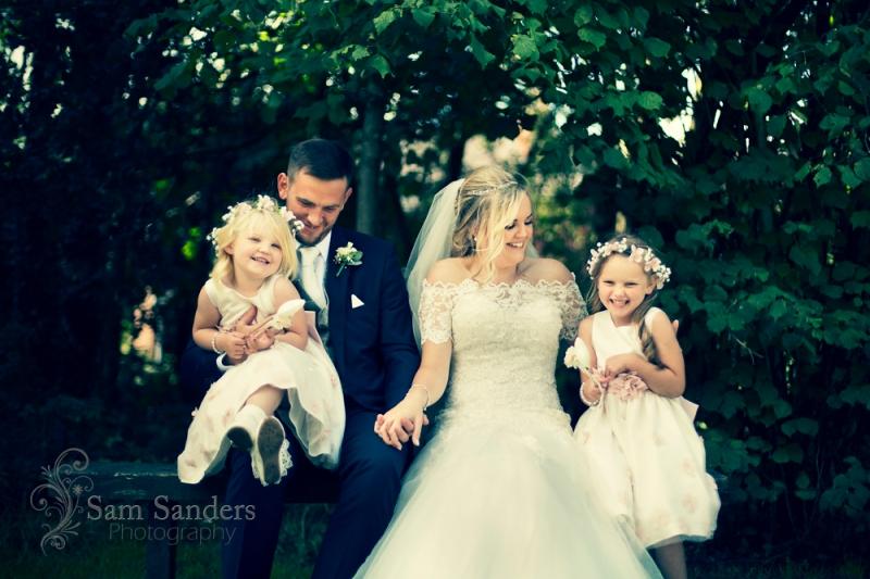 sam-sanders-photography-wigan-photographer-wedding-hollandhallhotel-web-334
