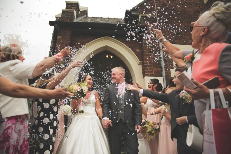 sam-sanders-photography-wigan-photographer-wedding-leighminers-web-211