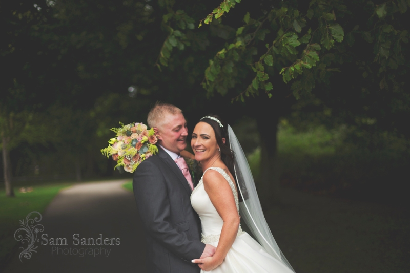 sam-sanders-photography-wigan-photographer-wedding-leighminers-web-254