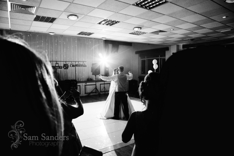 sam-sanders-photography-wigan-photographer-wedding-leighminers-web-572