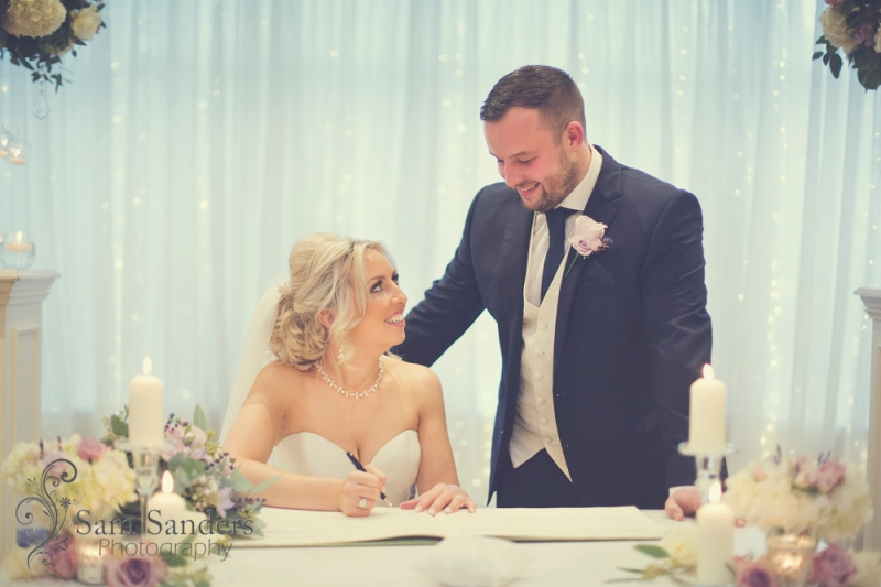 sam-sanders-photography-wigan-photographer-wedding-ashfieldhouse-web-249