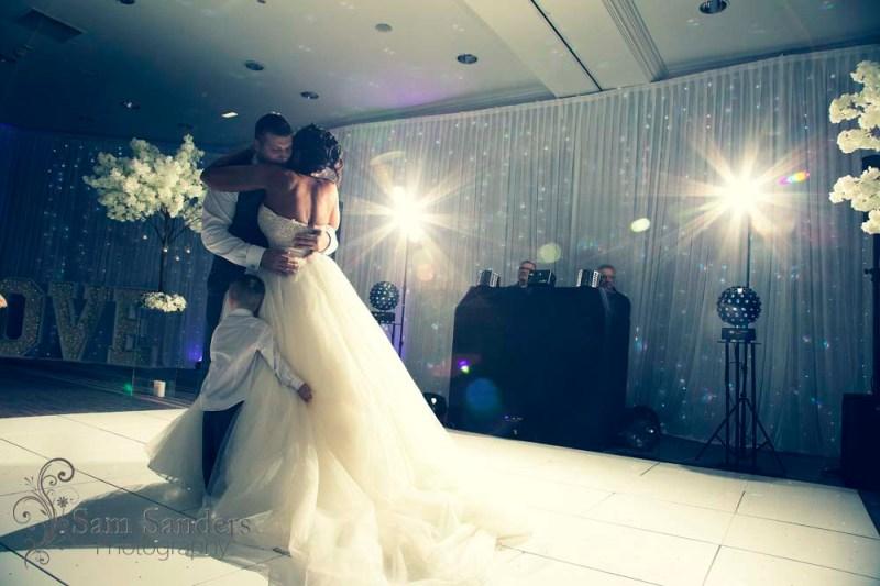 sam-sanders-photography-wigan-photographer-wedding-macdonald-kilheycourt-hotel-blog-600