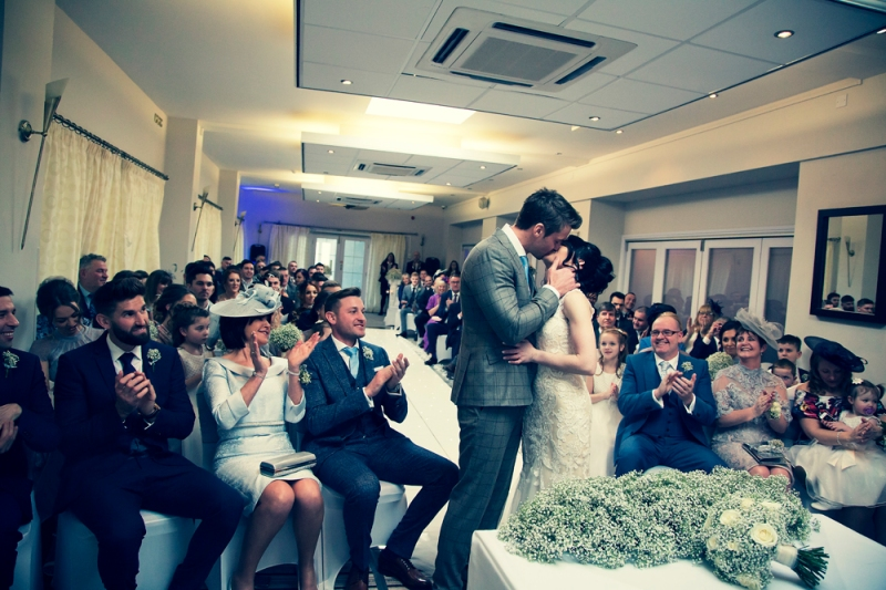 sam-sanders-photography-wigan-photographer-wedding-hollandhall-hotel-web-132
