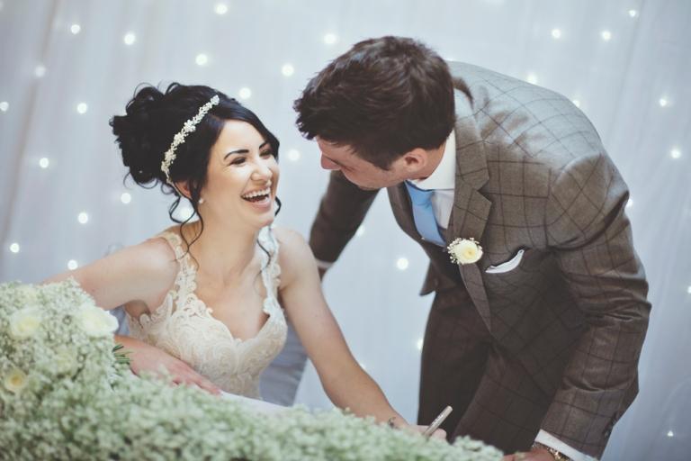 sam-sanders-photography-wigan-photographer-wedding-hollandhall-hotel-web-134
