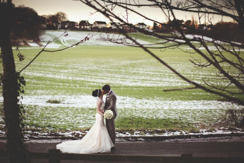 sam-sanders-photography-wigan-photographer-wedding-hollandhall-hotel-web-154