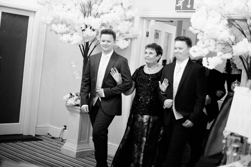 samsandersphotography_wigan_photographer_wedding_anniversary_60th_hollandhallhotel_lancashire_blog_031_